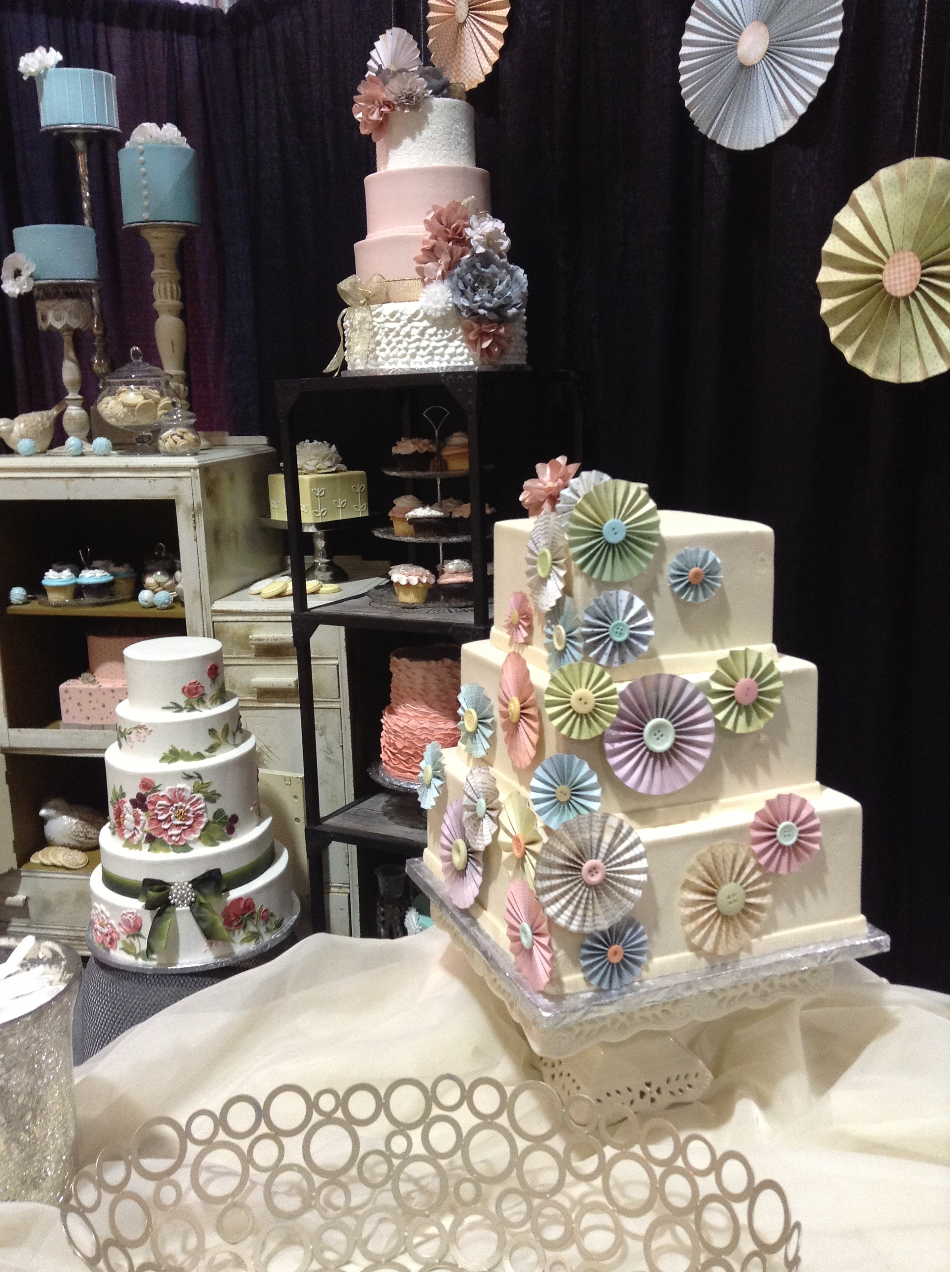 Cake Design Expo Sp : Our Booth at the 2013 Bridal Fair Cakeworks  Blog